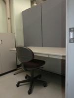 事務室(小)扉の外から.jpg