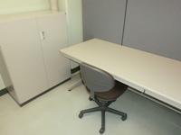 事務室(小)机といす.jpg